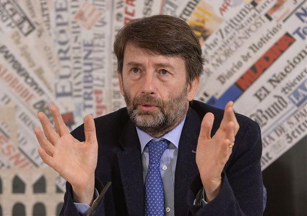 """Franceschini apre al M5S, Di Maio """"Orgogliosamente diversi dal Pd"""""""