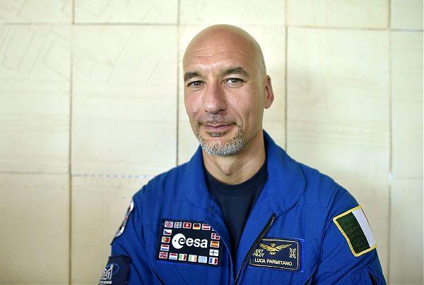 Luca Parmitano in diretta dalla stazione spaziale con l'Istituto comprensivo Lipari