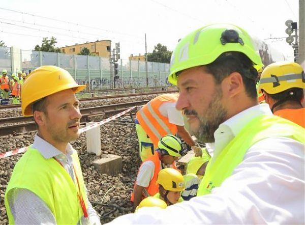 """Salvini attacca Toninelli """"Blocca Infrastrutture e licenzia pro-Tav"""""""