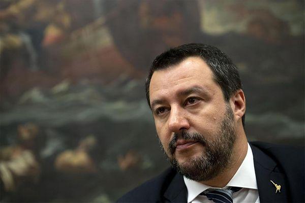 """Salvini a Bibbiano """"Chi sbaglia sulla pelle dei bambini paghi doppio"""""""