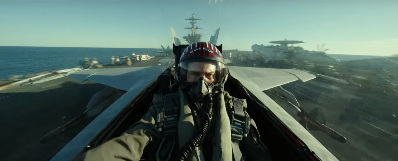 """Top Gun: Maverik"" riporta Tom Cruise ad alta quota dopo 33 anni 