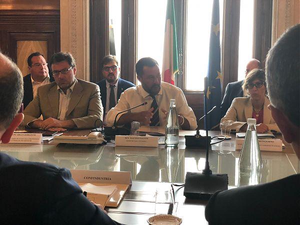 """Salvini avverte il M5S """"La manovra dovrà essere coraggiosa"""""""
