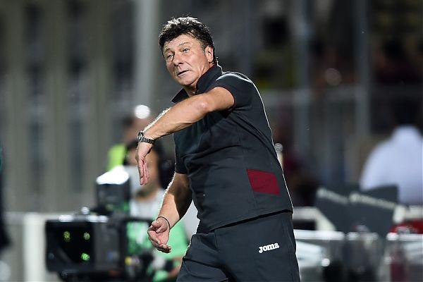 """Europa League, Mazzarri avverte il Toro """"Guai a pensare ai Wolves"""""""