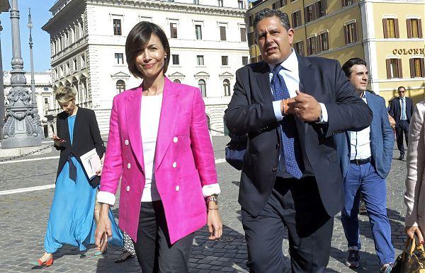 Un nuovo coordinamento per Forza Italia, Toti vicino all'addio