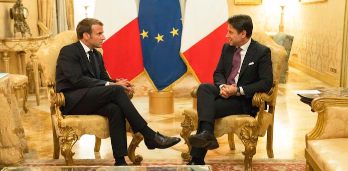 """Conte incontra Macron: """"Insieme per il rilancio dell'Europa"""""""