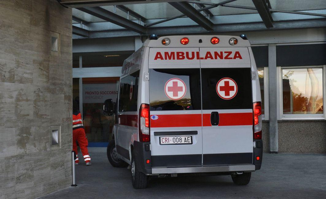 Tragedia nel Casertano, bimbo di 8 anni muore investito da un'auto