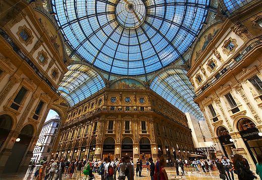 """La moda attrae i turisti stranieri in Italia anche """"fuori stagione"""""""