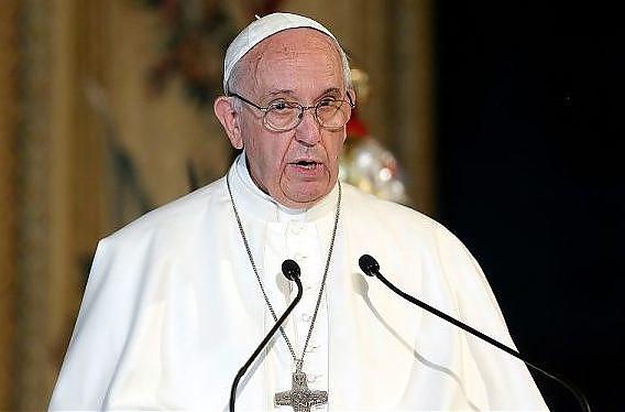 "Papa Francesco al Giappone ""Accogliete i rifugiati"""