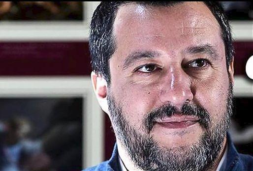 """Governo, Salvini: """"Metà degli italiani voterà alla faccia degli inciuci"""""""