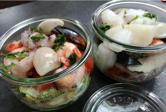 Zuppa di pesce in vasocottura dello chef Ignazio Interrante
