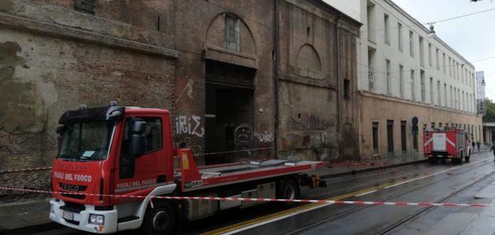 Torino, il rogo alla Cavallerizza fuori dall'area Unesco