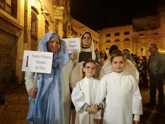 """Torna a Palermo la """"Sfilata dei Santi"""", la risposta dei fedeli ad Halloween"""