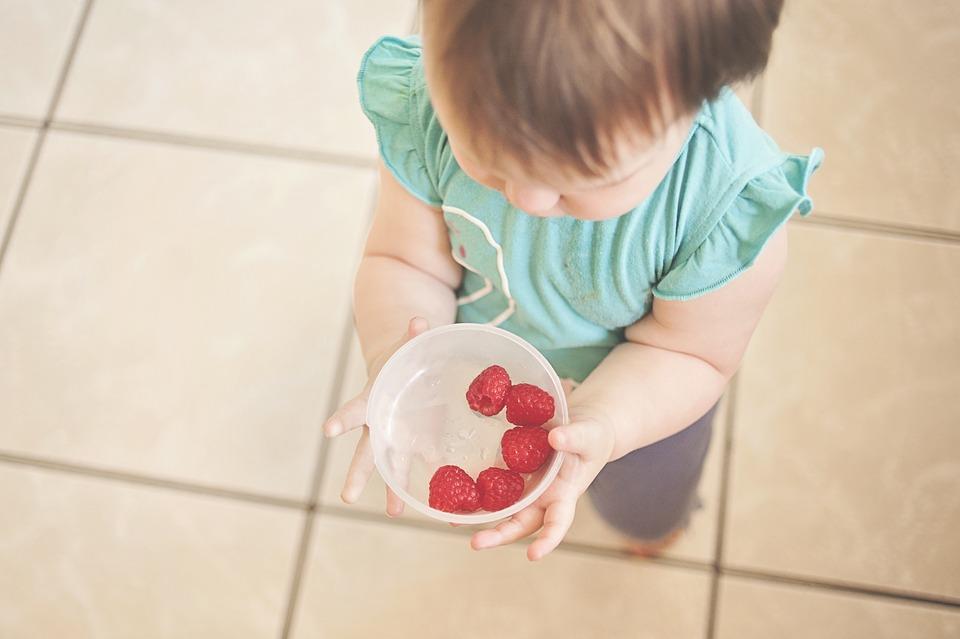 Cibo e bambini, 5 consigli per un'alimentazione sana