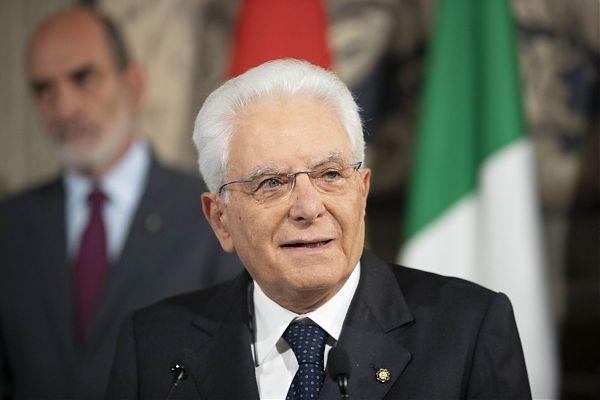 """Mattarella: """"Evasione fiscale indecente, è un problema culturale"""""""