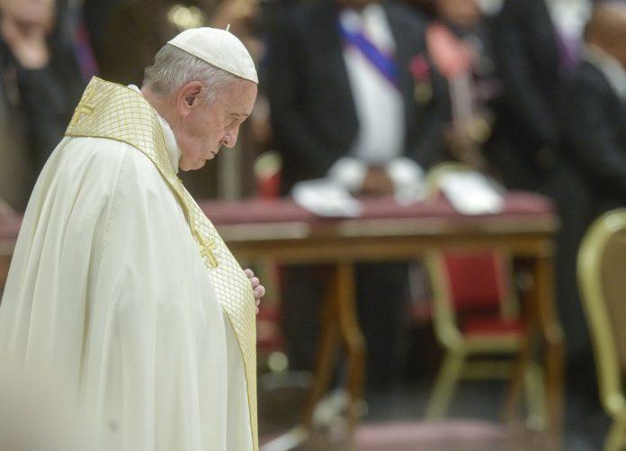 """Siria, l'appello del Papa """"Dialogo per cercare soluzioni efficaci"""""""