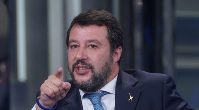 """Salvini """"Prima si vota meglio è"""""""