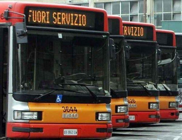 Giornata di passione per chi usa i mezzi pubblici