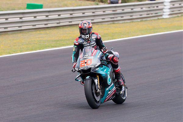Le Yamaha dettano il passo in Thailandia, paura per Marquez