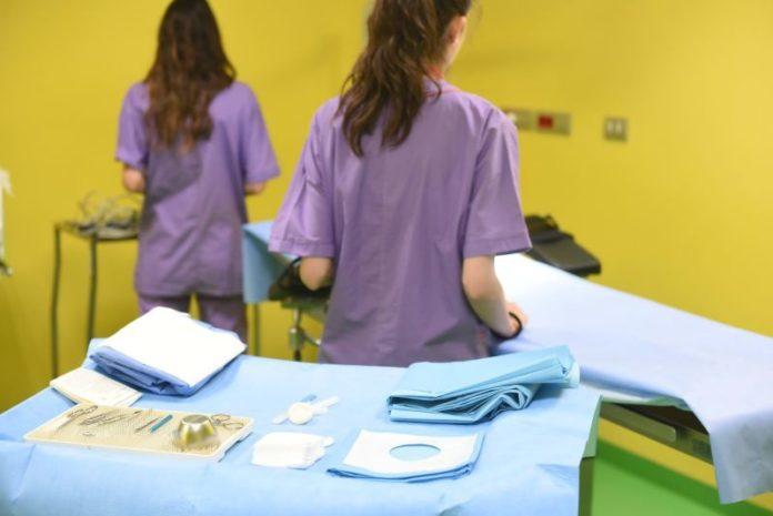 Giovani infermieri chiedono più formazione con specializzazioni