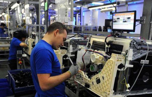 Effetto Covid sul mercato del lavoro, assunzioni -43% in 5 mesi