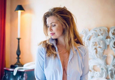 Vanessa Incontrada, lo scatto sexy fa impazzire il web e… Massimo Boldi