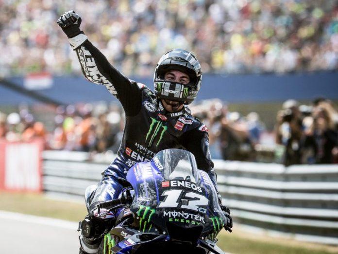Vinales domina a Sepang davanti a Marquez, sul podio anche Dovizioso