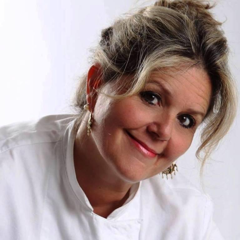 """New York, la chef palermitana Bonetta dell'Oglio prepara cena mediterranea con gli """"scarti"""""""