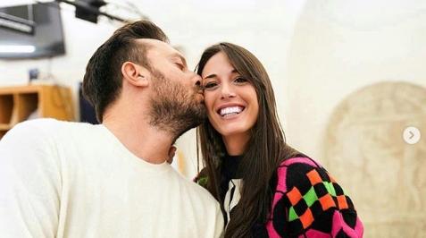 Cesare Cremonini sempre più innamorato della sua Martina, ecco la dedica social