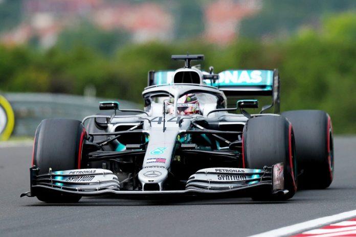 Hamilton trionfa nell'ultimo Gp ad Abu Dhabi, terzo Leclerc