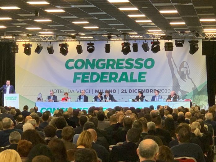 Lega, congresso federale approva per alzata di mano il nuovo Statuto