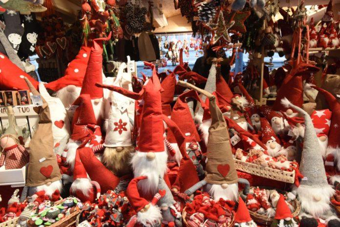 170 euro la spesa media degli italiani per i regali di Natale