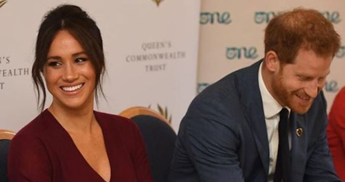 "Uk, dalla regina sì a nuova vita per Harry e Meghan ""senza fondi pubblici"""