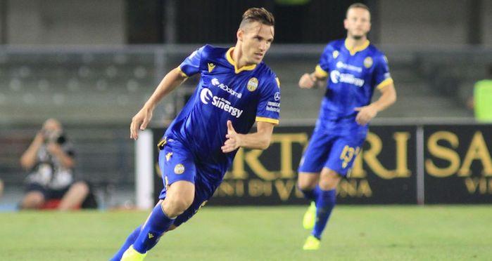 Il Verona ribalta il Genoa 2-1 e sogna l'Europa