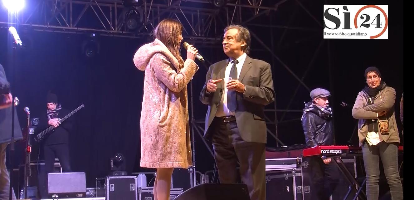 Palermo festeggia il Capodanno 2020 in piazza con 12mila persone | VIDEO