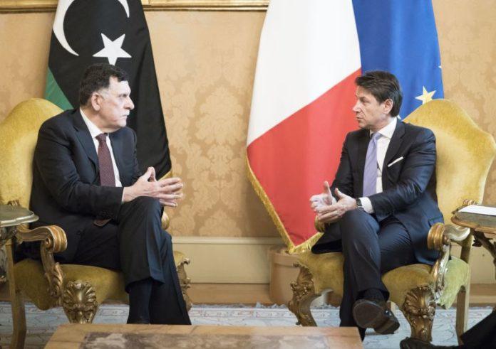 """Libia, Conte """"Stop interferenze esterne, lavoriamo per cessate il fuoco"""""""
