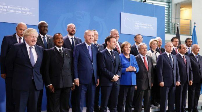 Libia, ok dalla Conferenza di Berlino a cessate il fuoco ed embargo armi