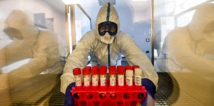 Coronavirus, gli attuali positivi in Italia crollano sotto quota 90mila
