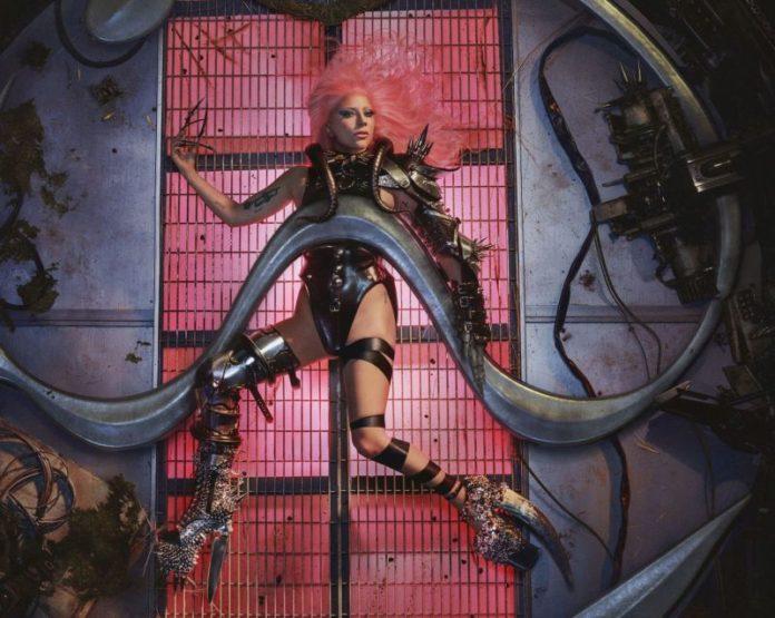 """Lady Gaga, il 29 maggio esce il nuovo album """"Chromatica"""""""