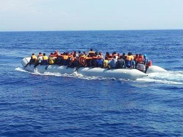Altri due sbarchi di migranti a Lampedusa, in 136 sull'isola
