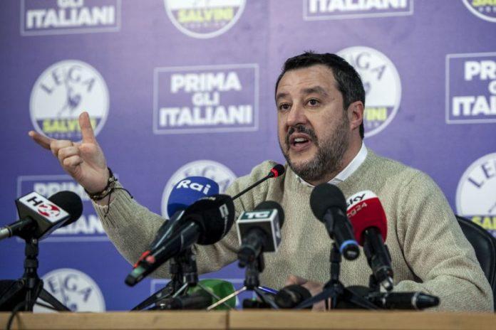 Open Arms, giunta del Senato dice no a processo per Salvini