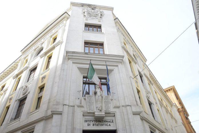 Le previsioni dell'Istat, Pil -8,3% nel 2020 e +4,6% nel 2021