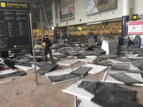 esplosione aeroporto bruxelles 1